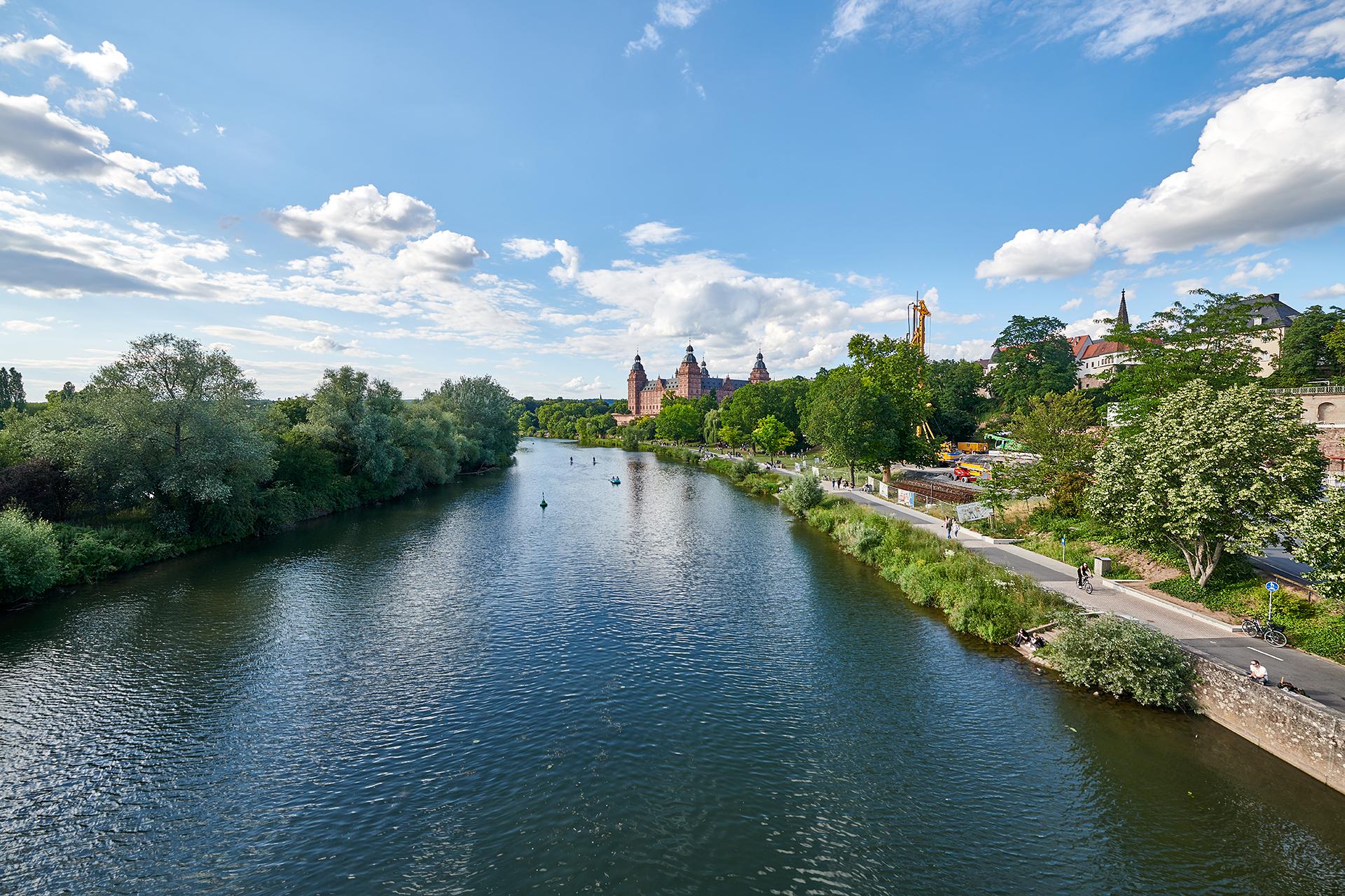 1. Blick von der Willigisbrücke
