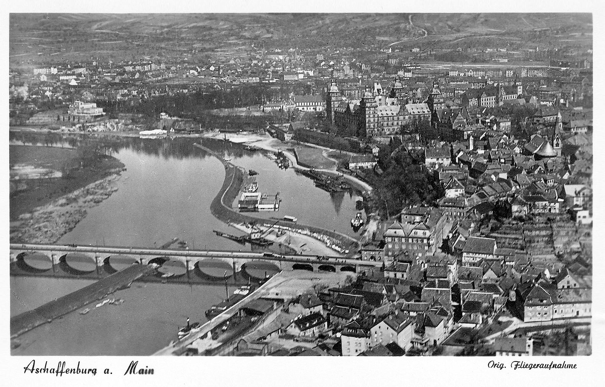 © Luftaufnahme, Aero-Bild-Verlag Fulda. Stadt- und Stiftsarchiv Aschaffenburg, Ansichtskartensammlung